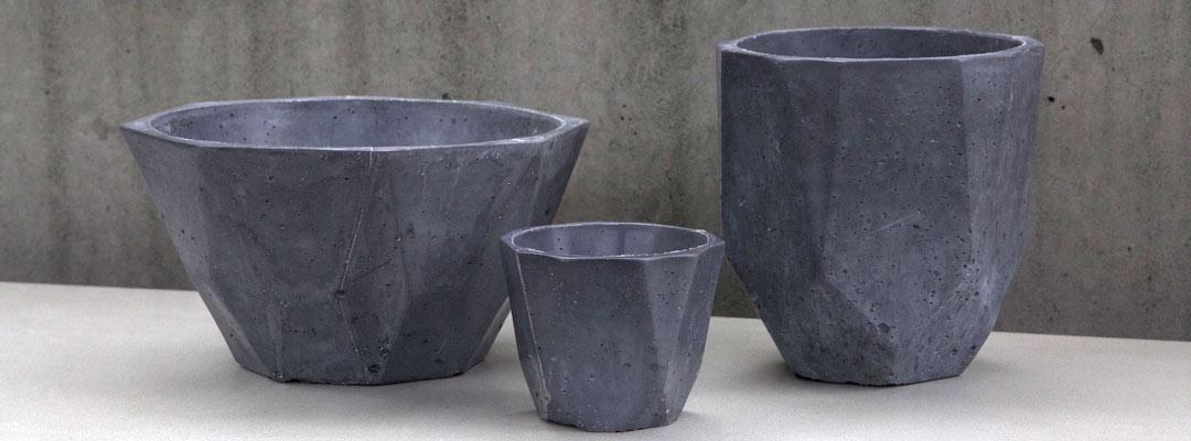 black ductal faceted pots